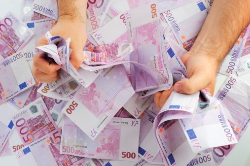 100000 euro lenen is mogelijk, ook tijdens de kredietcrisis